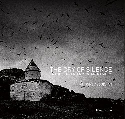 The Cry of Silence: Traces of an Armenian Memory (英語)